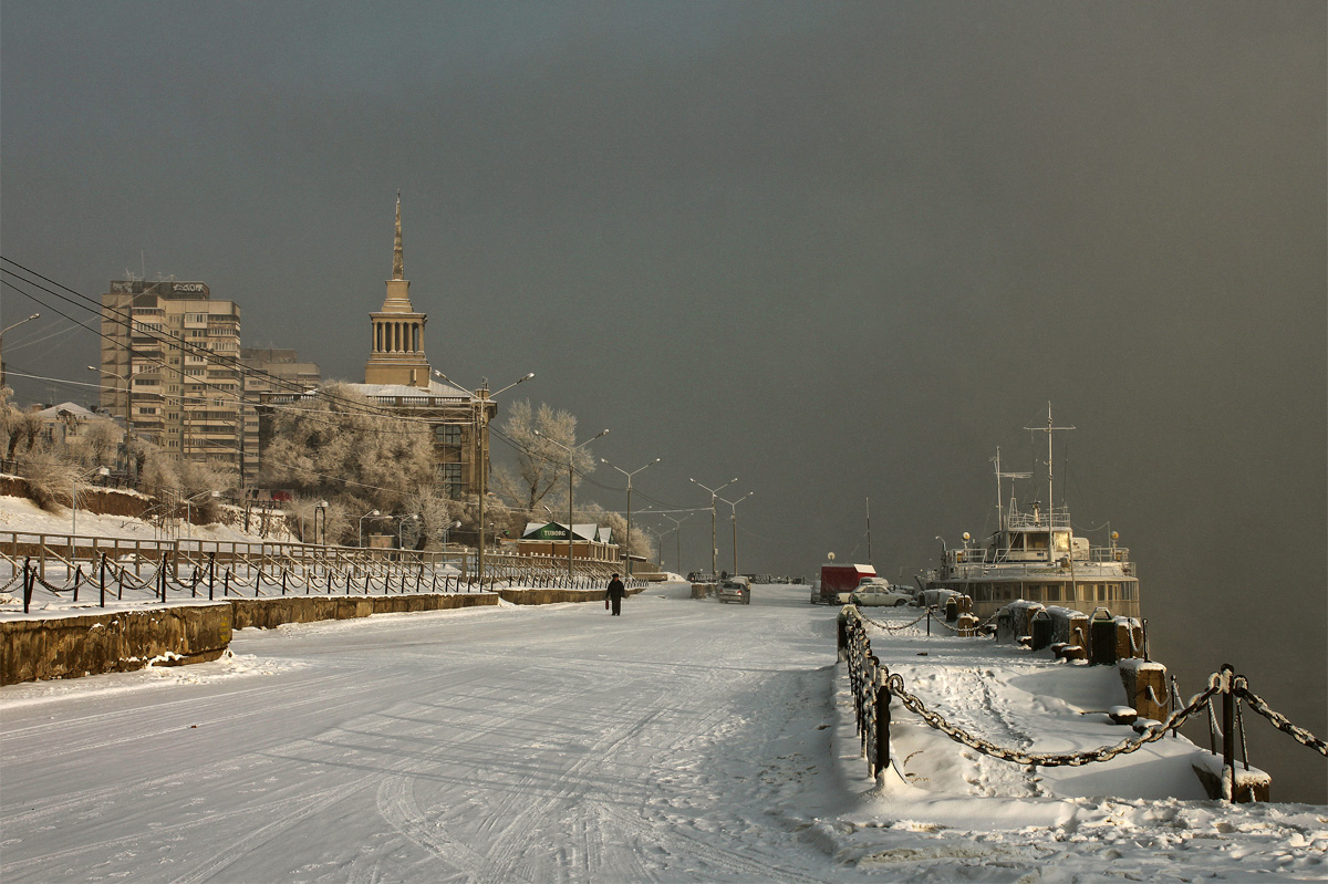 памятникам красноярск фото города зимой улицу там