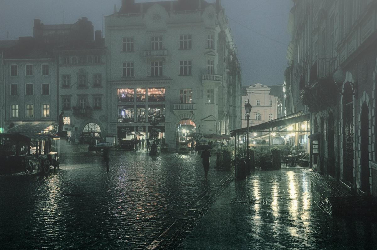 фото промывное фото город под дождем плаву